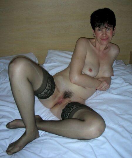 Femme cougar célibataire qui désire du sérieux