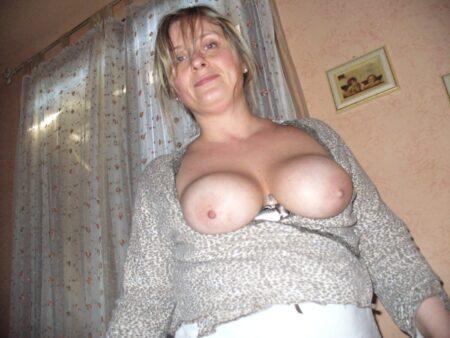 Femme mature coquine réellement chaude cherche un gars respectable
