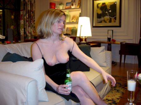 Je cherche un homme novice pour un plan sexe sur le 19