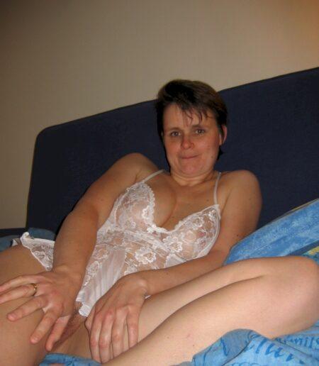 Rencontre éphémère entre adultes consentants pour une coquine sexy